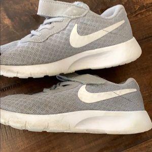 Nike Shoes - Nike toddler tennis shoes size 10C